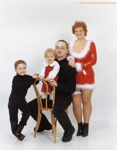 bad-family-christmas-photos-07