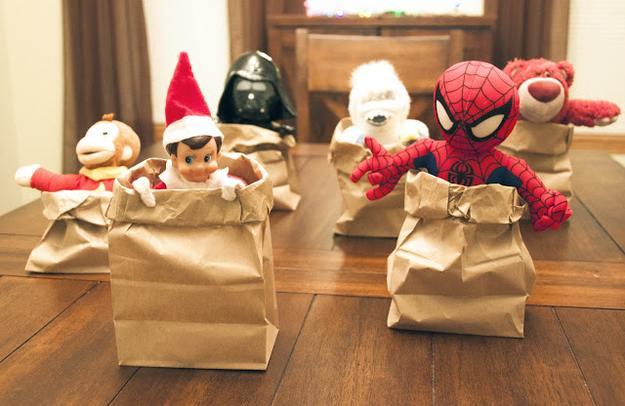 elf-christmas-presents-funny-07