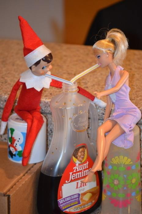 elf-christmas-presents-funny-23