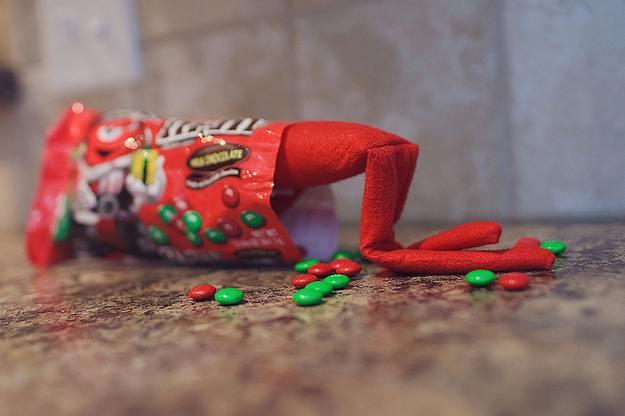 elf-christmas-presents-funny-28