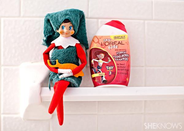 elf-christmas-presents-funny-30