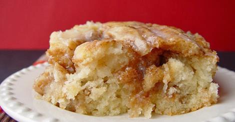 cinn roll cakes