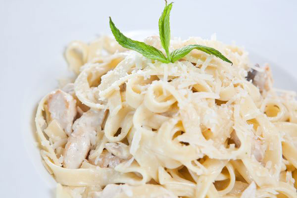 Chicken-fettuccine