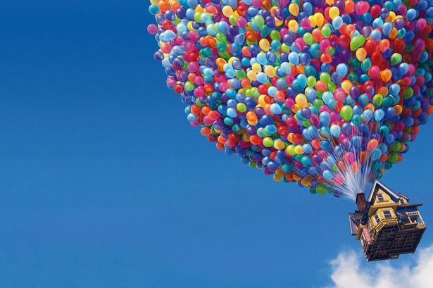 6980749-balloons-house-in-up-movie